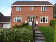 Detached house in Oak Tree Rise...