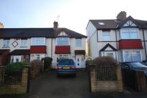 4 bedroom house to rent in London Road, Isleworth...