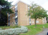 2 bedroom Flat in Aplin Way, Osterley Road...