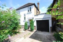 3 bed house in Ridgeway Road North...