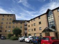 3 bed Flat to rent in Riverview Gardens...