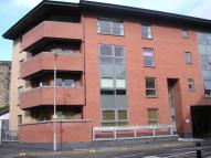 Flat to rent in Dunaskin Street, Partick...