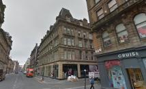 207 Ingram Street Flat to rent