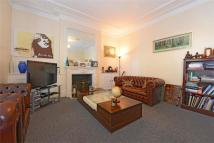 Maisonette for sale in Cavendish Road, Clapham...