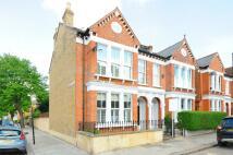 5 bedroom End of Terrace property in Hambalt Road...