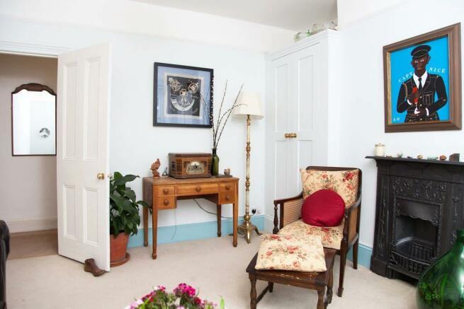 reception room1.jpg