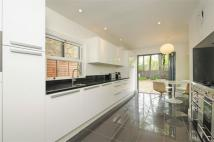 4 bed semi detached home in Kelmore Grove...