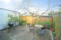 3 bed Terraced house in Amott Road, Peckham