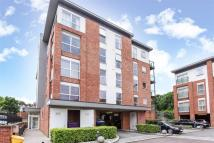 Highwood Close Flat to rent