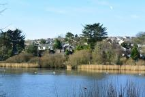 Swanpool Lake Apartment to rent