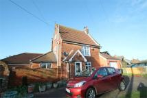 4 bed Detached home in Manningtree Road...