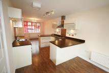 4 bed Town House in Four Chimneys Crescent...