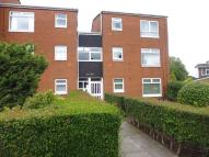 Flat to rent in Lincoln Way, Rainhill...