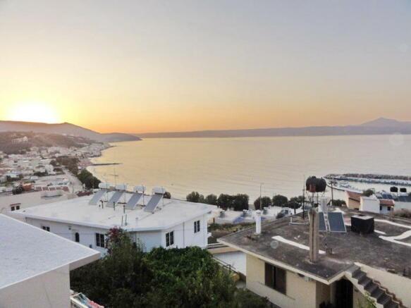 Kalives vilage -Port