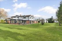 4 bedroom Detached property for sale in Holmes Chapel Road...
