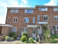 Flat to rent in Bellfields, Pixton Way...