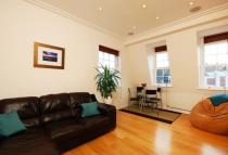 Flat to rent in London Road, Isleworth...