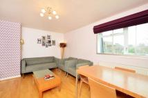 1 bed Flat to rent in Gumley Gardens...
