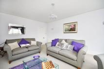 2 bed Flat to rent in The Barons, St Margarets...
