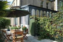 Flat to rent in Park Road, St Margarets...