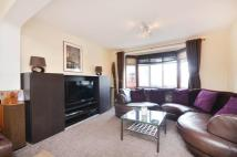 3 bed property in Worple Road, Isleworth...