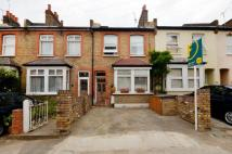 Flat for sale in Dean Road, Hounslow, TW3