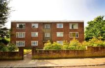2 bed Flat to rent in Woodlands Grove...