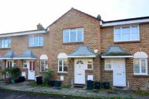 2 bed property in Parkside Close, Penge...