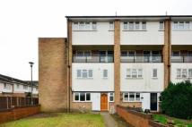 3 bed Maisonette to rent in Cornish Grove, Anerley...