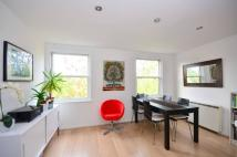2 bed Flat for sale in Thicket Road...