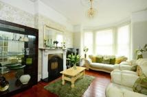 5 bedroom home in Waldegrave Road...