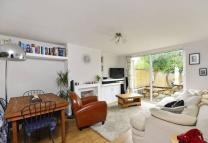 2 bedroom Maisonette in Norwich Road...