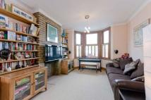 4 bedroom property in Gipsy Road, Gipsy Hill...