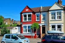 4 bed property for sale in Dassett Road...