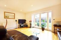 4 bedroom house in Rossiter Close...