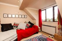 Studio flat for sale in Mowbray Road...