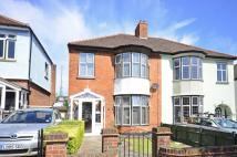 3 bed house in Woodvale Avenue...
