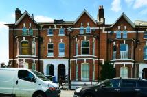 Maisonette to rent in Farquhar Road...