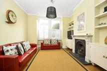 3 bed house to rent in Martell Road...