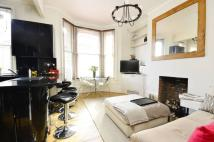 Flat for sale in Woodland Road...