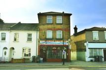 Studio flat to rent in Clifton Road...
