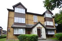 Studio apartment for sale in Orchard Grove, Anerley...