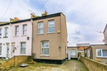 2 bedroom house in Fountain Road...