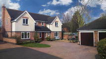 5 bedroom Detached home in The Crescent, Rothley