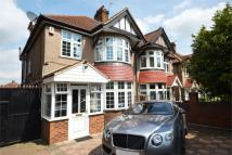 4 bed semi detached property for sale in Great West Road, Hounslow