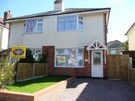 2 bedroom semi detached house in AVENUE ROAD...
