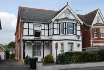 2 bed Flat to rent in LYMINGTON ROAD...