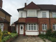 2 bedroom Ground Maisonette in STRATFORD ROAD, Hayes...