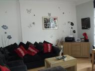 2 bed Flat in 11C Baffin Street