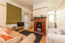 2 bedroom Flat to rent in Ravenstone Street, SW12